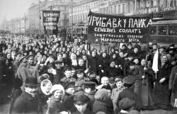 striking putilov workers on the first day of the february revolution st petersburg russia 1917 artist anon 464434763 58e846325f9b58ef7ec66691