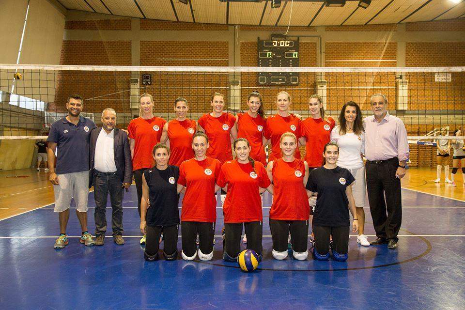 volley women_n.jpg